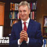 Oscar Iván Palacio, abogado especialista en pensiones , habla por qué los colombianos se están pasando de los fondos privados a Colpensiones.