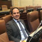 Gabriel Vallejo Chujfi , representante a la Cámara por el Centro Democrático, habla del escándalo de los mega-colegios